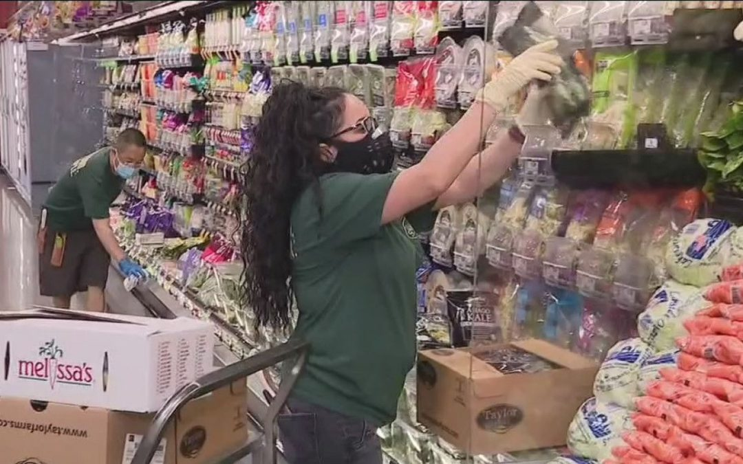 KPIX5: Oakland City Council Votes For Immediate Pay Raise For Workers At Large Grocery Stores